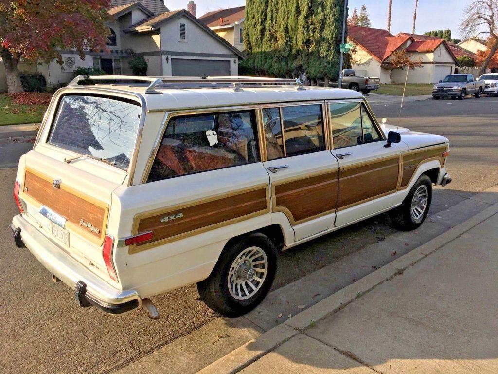 1989 Jeep Wagoneer V8 Classic