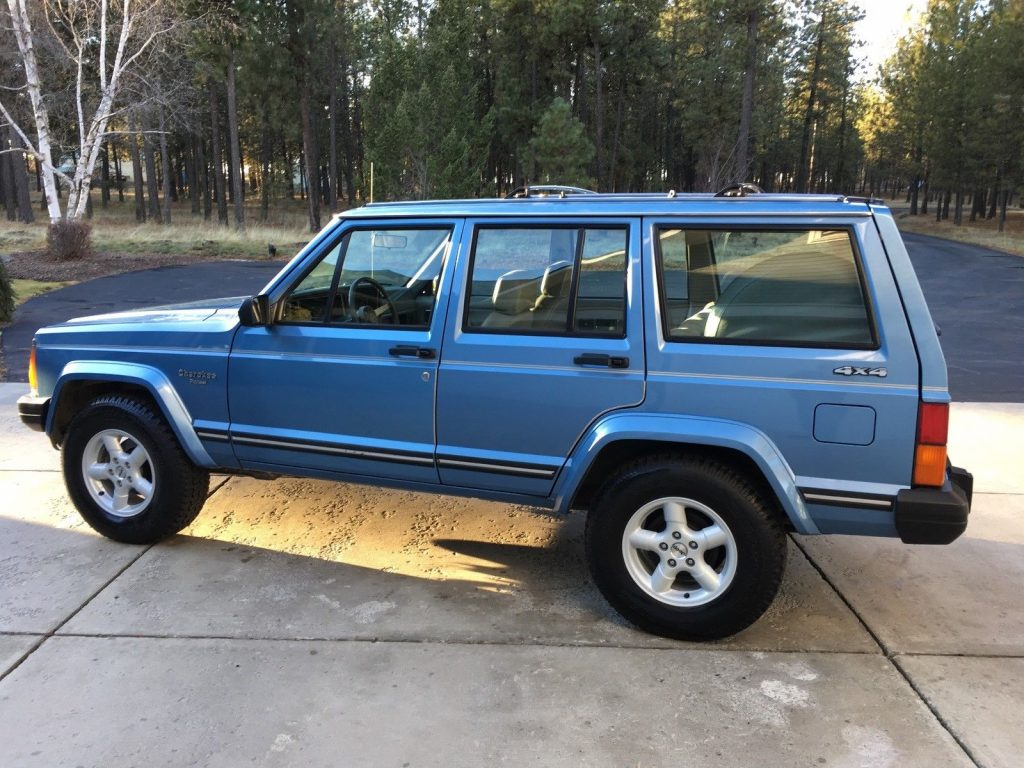 1989 Jeep Cherokee Pioneer For Sale