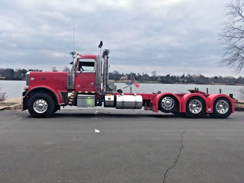 2016 Peterbilt 389 SHOW TRUCK for sale