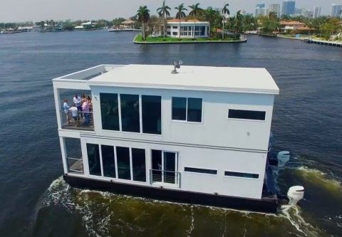 2018 Luxuria Home Houseboat for sale