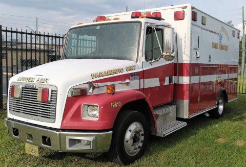 2001 Freightliner Ambulance FL60   8.3L for sale