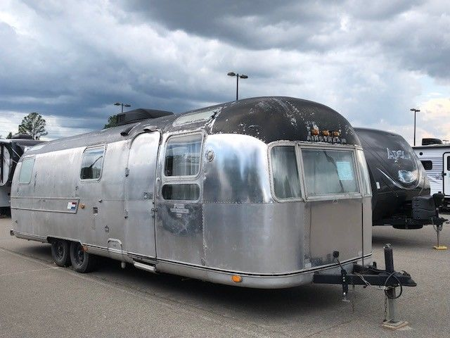 1973 Airstream Sovereign 31′ Land Yacht for sale