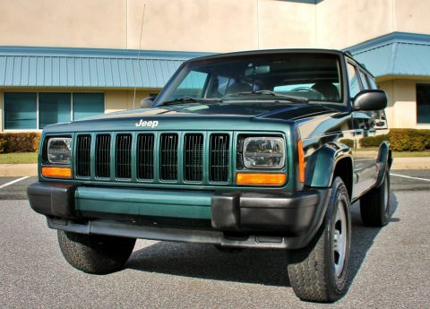 2000 Jeep Cherokee Sport 66k Cleancarfax 4.0L 4X4 for sale