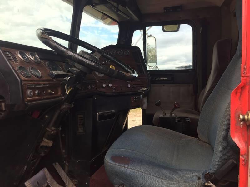 1988 Freightliner Road Tractor