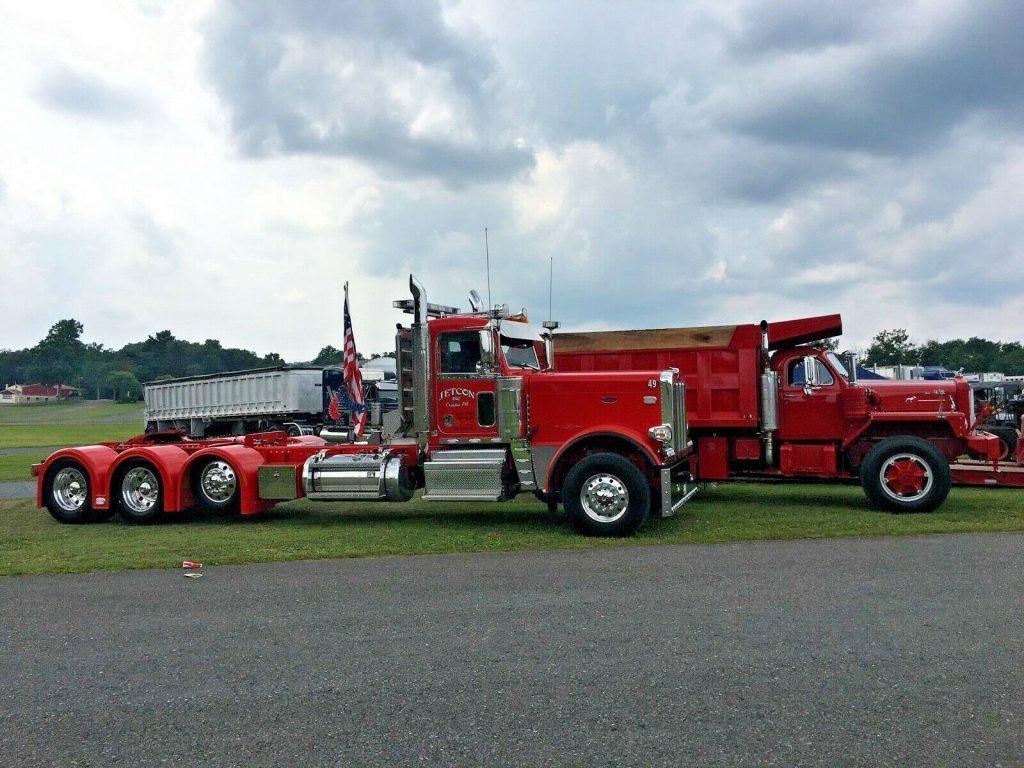 Peterbilt Semi Trucks   389 Peterbilt Show Trucks