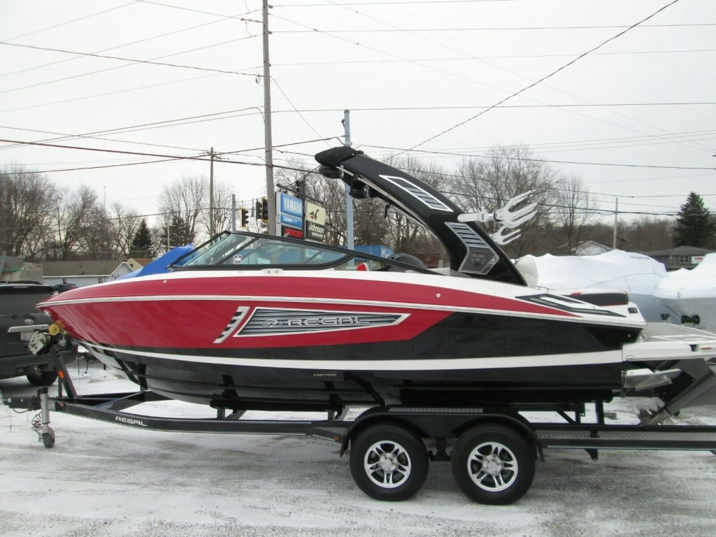 2018 Regal 2300 SURF