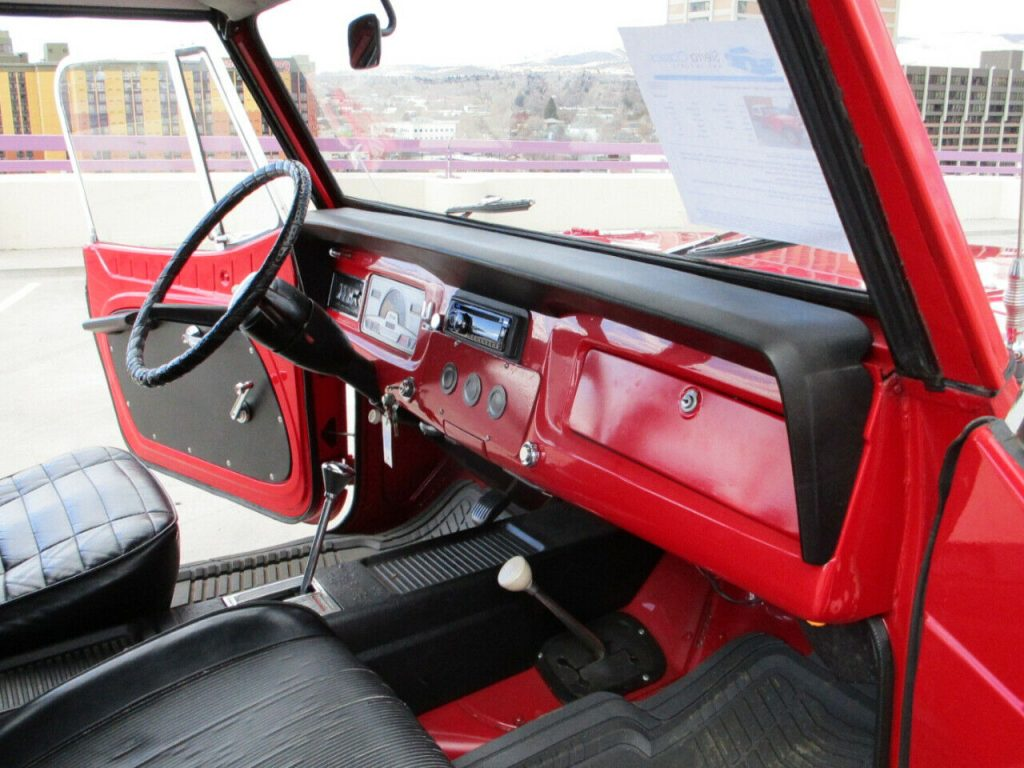 1969 Jeep Willys Jeepster