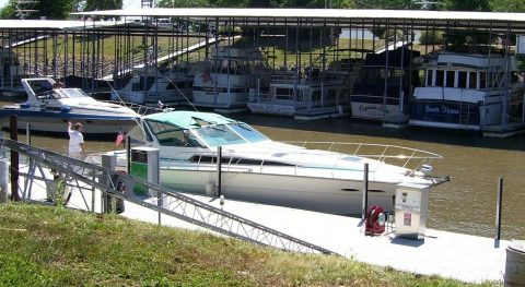 1989 Sea Ray 390 Express Cruiser w/Lift for sale