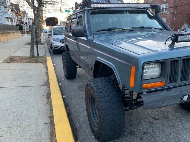 Cherokee off the chain