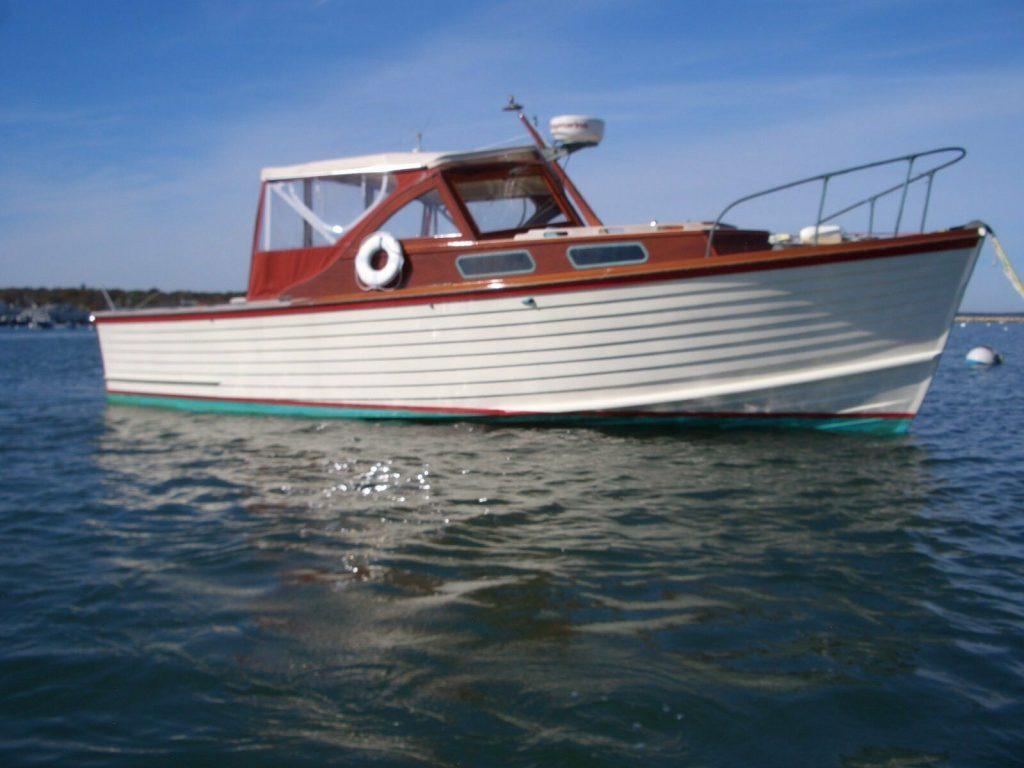 1968 Mackenzie Bass Boat.