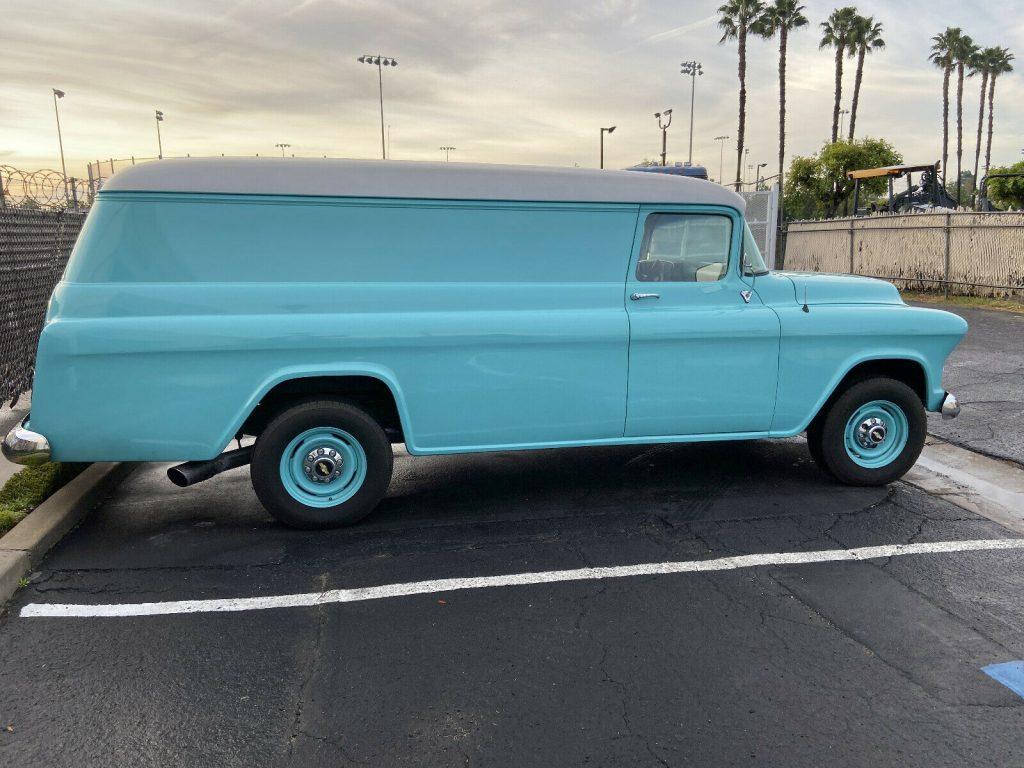 1955 Chevrolet Pickups