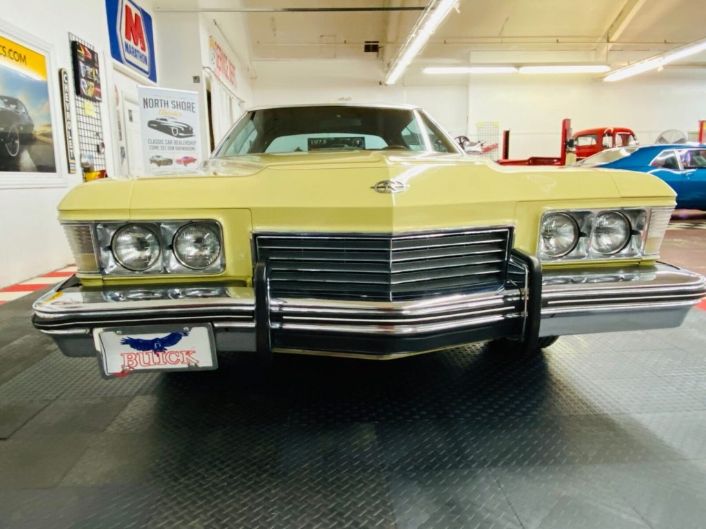 1973 Buick Riviera   BOAT TAIL   455 Engine   Factory A/C