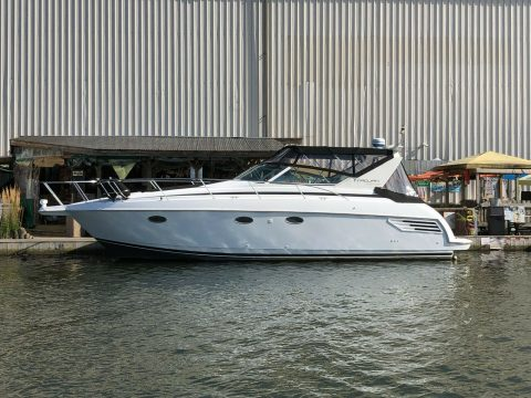 2001 Trojan 36 Express Cruiser Freshwater W/closed Cooled Horizons for sale
