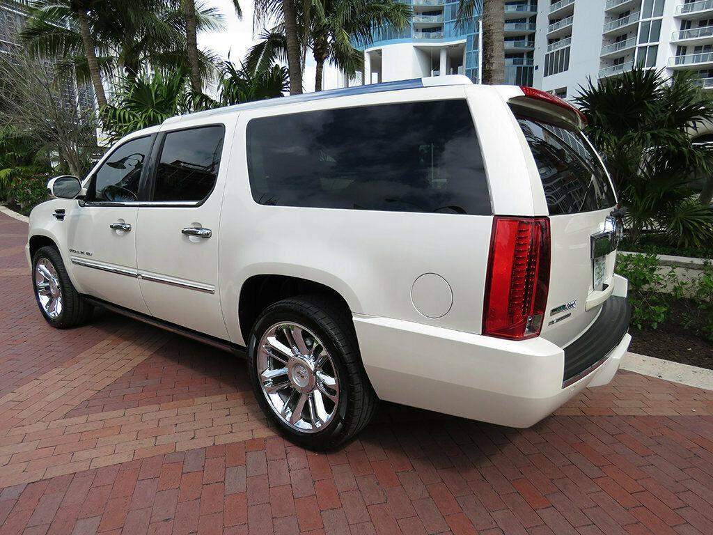 2011 Cadillac Escalade AWD 4dr Platinum Edition