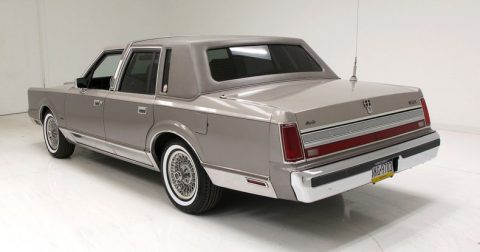 1989 Lincoln Town Car Cartier for sale