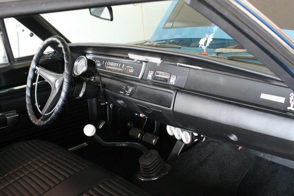 1968 Plymouth Road Runner post car