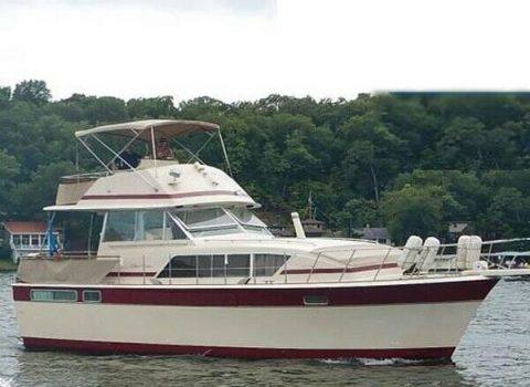 1982 Chris Craft 410 Commander for sale